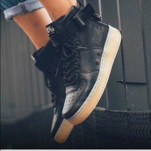 NWT Nike Air SF Air Force 1 Black